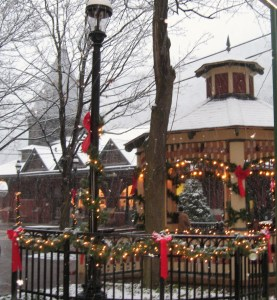 It's Olde Time Christmas sans snow this weekend as the Jim Thorpe Chamber of Commerce celebrates Christmas in July and Charles Dickens' 200th birthday